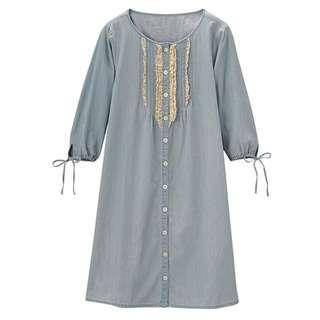 🚚 GU Light Denim Dress