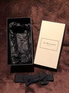 Jo Malone London 香水紙盒及絲帶