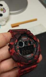 🚚 128 almost new 卡西歐 近全新casio gshock g-shock GD-120  red 迷彩紅 錶