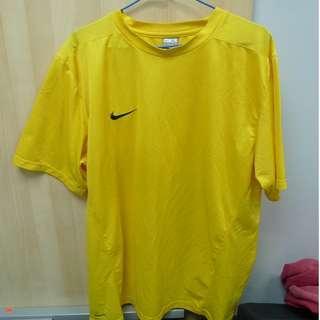 Nike 黃色足球球衣 波衫
