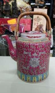 70年代紅地洋蓮茶壺