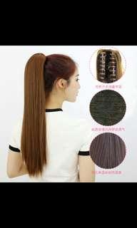 🚚 Instock light brown straight clip on claw ponytail hair extension*Brand new in package*chat to buy if int