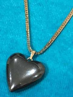 Hematite heart pendant with 9ct gold