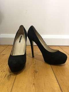 Tony Bianca pump heels size 8