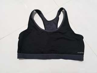 🚚 TRIUMPH Triaction Sports Bra Size L
