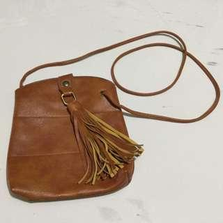 GENUINE LEATHER SLING BAG