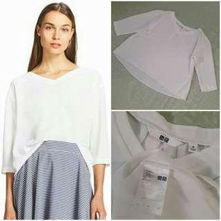 UNIQLO Drape 3/4 Sleeve Blouse (White M)