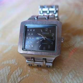 Focus Quartz Watch