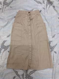 BN Over Knee-length Skirt in Beige #makespaceforlove