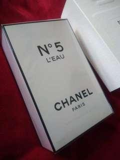 CHANEL No 5 L'Eau D Toilette