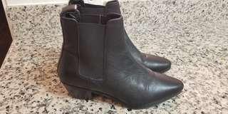 Black Chelsea Boots - size 7