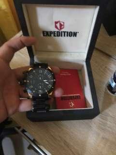 Jam Tangan expedition kondisi 95% fungsi baik ada box dan kartu garansi