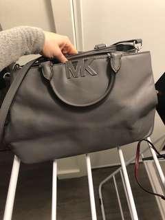 Michael Kors purse-never used