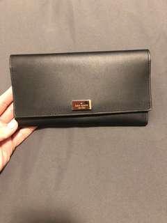Kate Spade Wallet- 10/10 condition