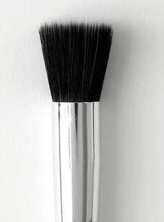 🚚 BN Makeup Brushes Colourpop