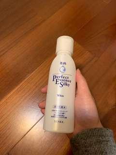 專科美白化妝水