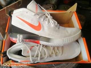 bab4d8ac3c1b Nike Airmax dominate shoes size 11 US mens like kobe kyrie jordan lebron kd  cp3 harden