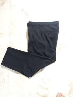 Celana katun hitam