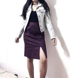 Purple high slit skirt