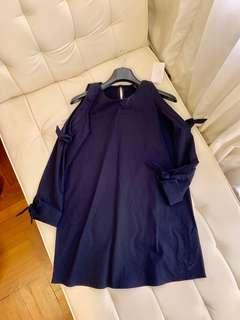 🚚 New Zara Navy Cold Shoulder Long Sleeves Dress