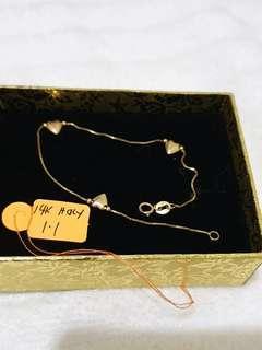Pre-loved 14k Yellow Gold Heart Bracelet