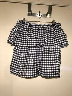 (S/M) Gingham off the shoulder top
