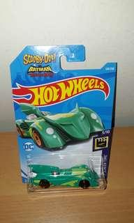 Hot Wheels - Scooby Doo & Batman The Brave & The Bold Batmobile