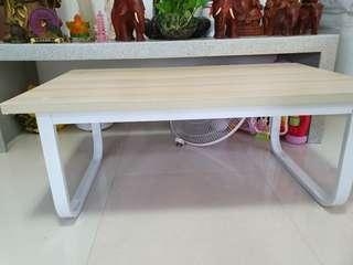 Coffee table/living room table/dinning table