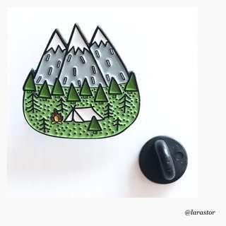 🚚 Bn greenery enamel pin/brooch