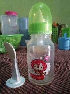 Botol susu plus sendok