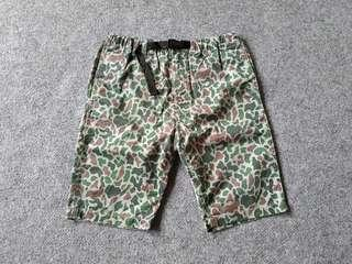 G.U uniqlo relaxed pants