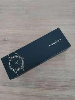 SMART WATCH BRANDED CAN CHECK ON LINE