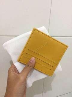 Card Holder 6 slot + 1 slot untuk uang warna kuning
