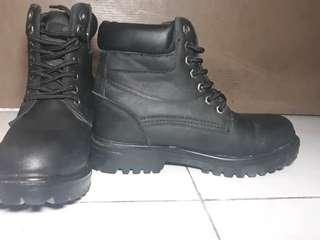 RUSH!!!! Timberland Women's Ankle Boots