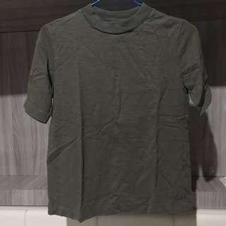 Uniqlo mock neck shirt