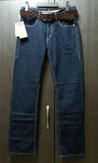 🚚 全新正品Levi's straight 523 男經典深藍小直筒牛仔褲W31/L34