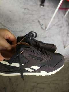Reebok casual shoes