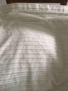 IKEA bedspread/quilt (Queen size)