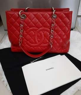 ORIGINAL CHANEL GRAND SHOPPING TOTE in RED CAVIAR LEATHER