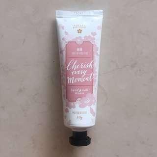 korea daiso cherry blossom season hand cream