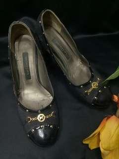 Metrocity pump heels shoes