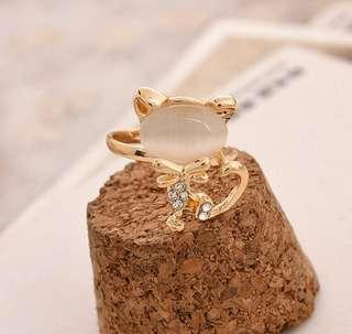 CAT RING (WHITE)