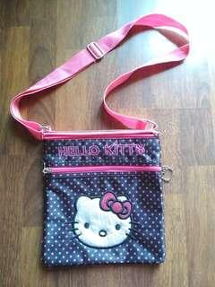 🚚 Hello Kitty Sling Bag