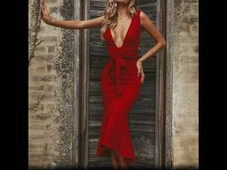 Mermaid Celebrity Dress ( Preorder)second item half  Price
