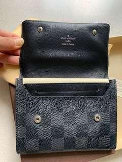 🚚 LV man wallet