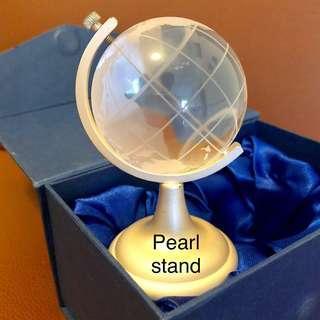 Globe crystal