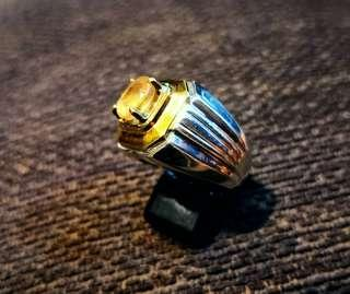 Yellow saphire silver ring
