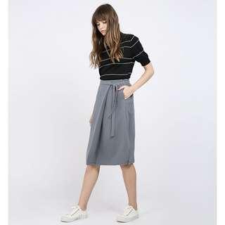 🚚 BNWT RWB Nelsie Skirt in Grey