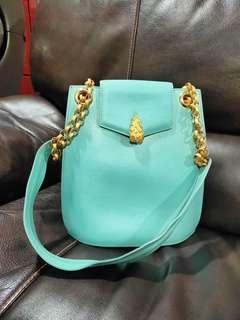 Preloved sling bag made in France