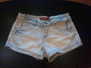 Petit monde denim shorts